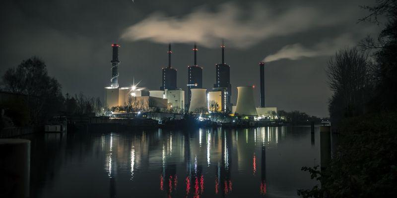 power-plant-3878137-960-7200442A084-2A9E-C414-5C41-D4C6022E1D85.jpg